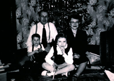 Bavarian Inn Zehnder Family (Tiny and Dorothy with children Judy and Bill)