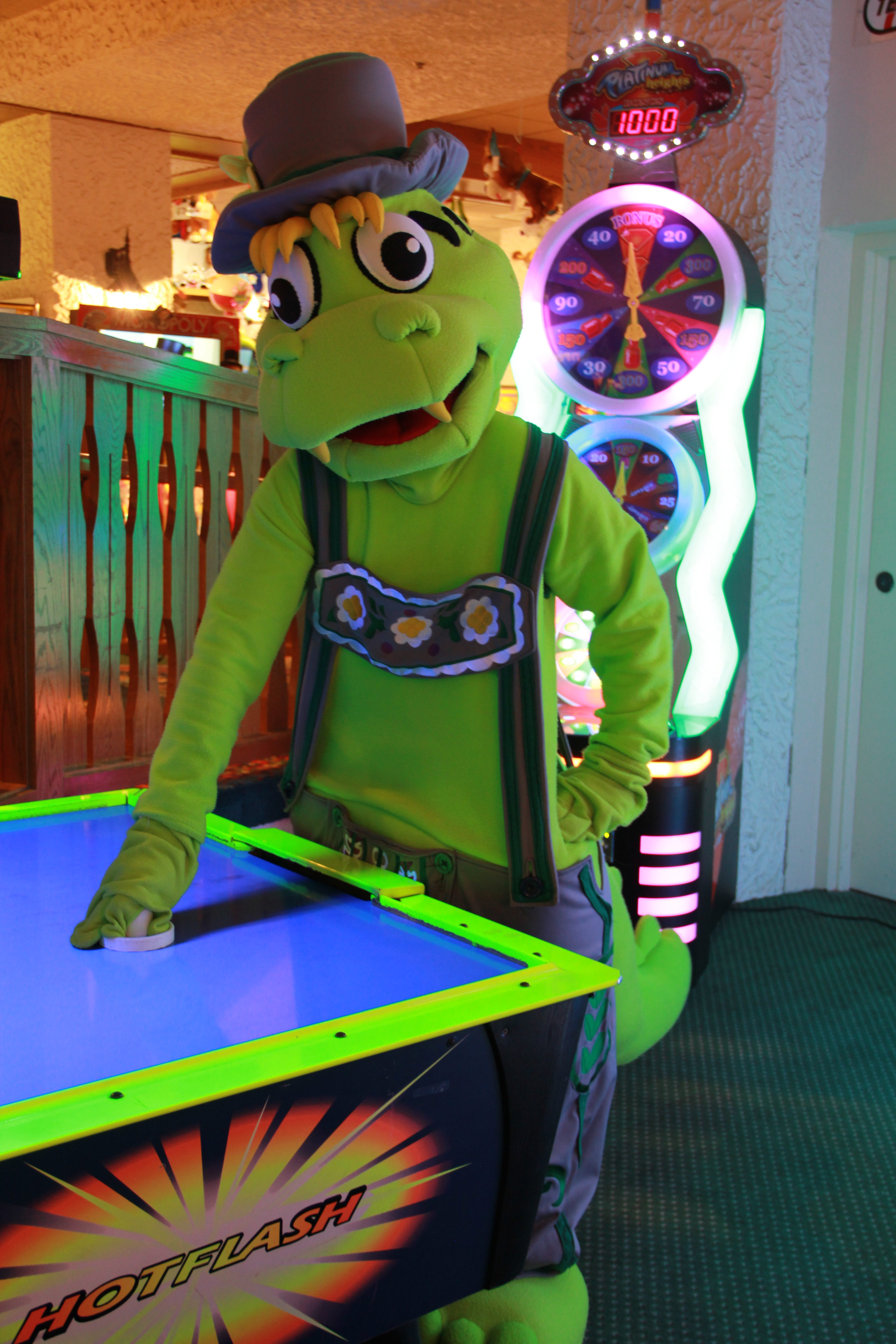 Willy plays Air Hockey